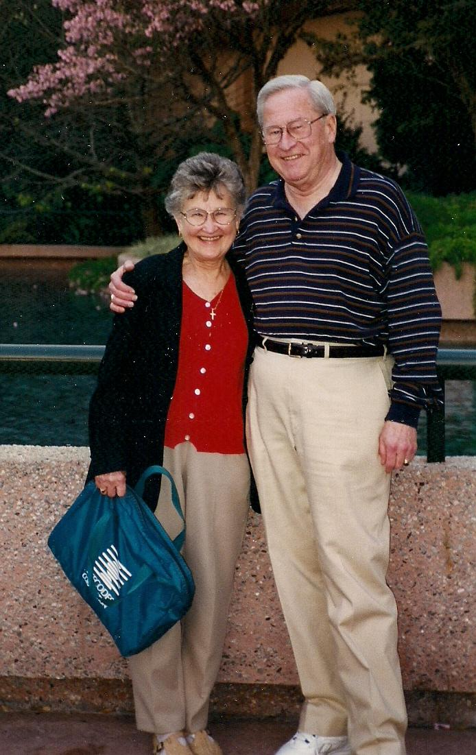 June and Stan in Orlando, FL 1999